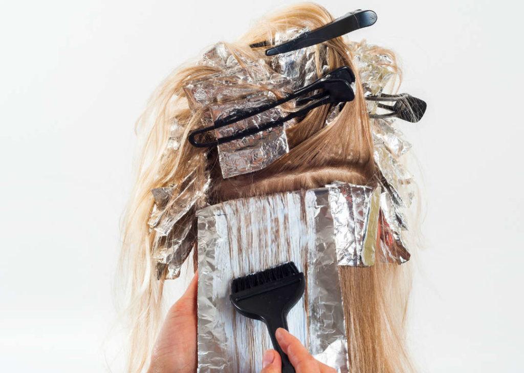 teñirse el pelo durante la búsqueda del embarazo